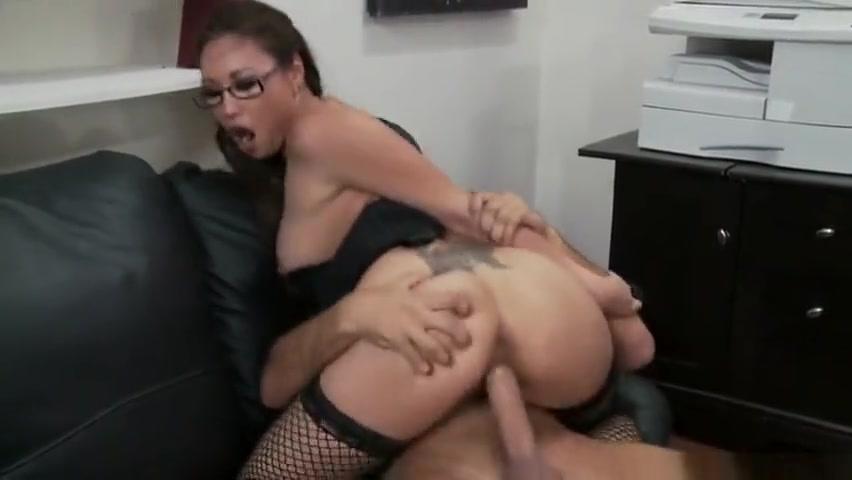 Porn tube Girl farts snapchat