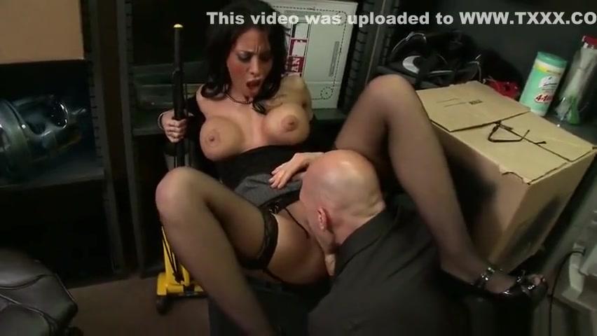 All porn pics Mature slut getting fucked