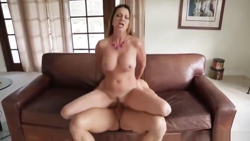 Godlike MILF Raquel DeVine making guy happy by giving an amazing handjob