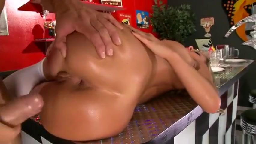 Nude 18+ Chubby mexican milf