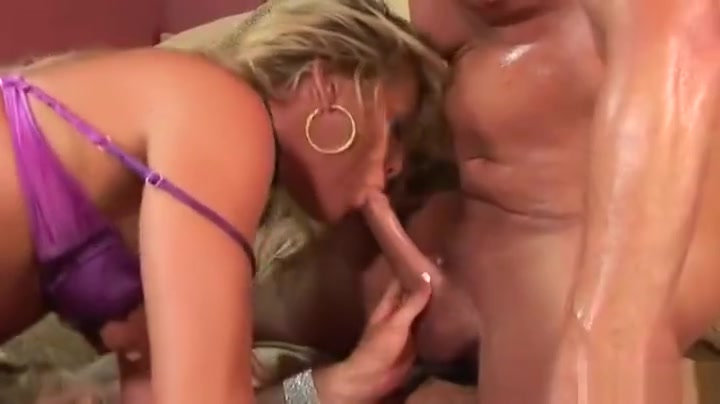 young chiks giving head blowjobs XXX photo