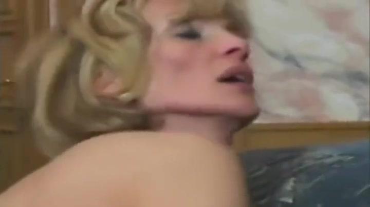 XXX pics Adult video finder