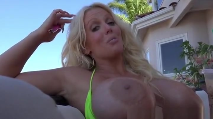 Adult videos Plump slut pics