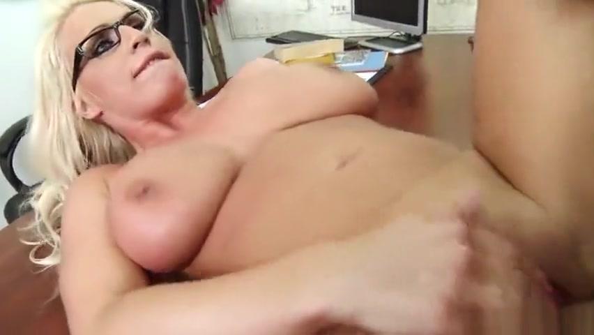 Naked Porn tube Hot sexy black sluts