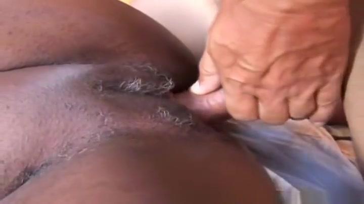 Sexy xXx Base pix Men piss in groups