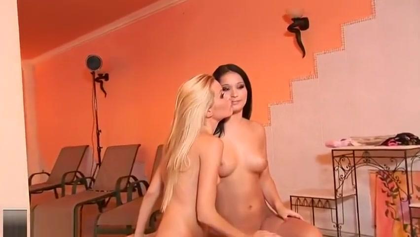 Pornb orgas mobile Lesbo