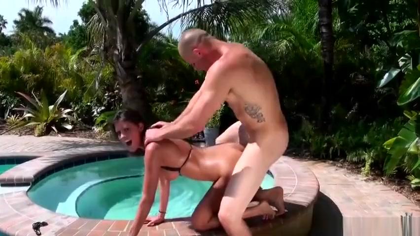 escort girl malte Nude gallery