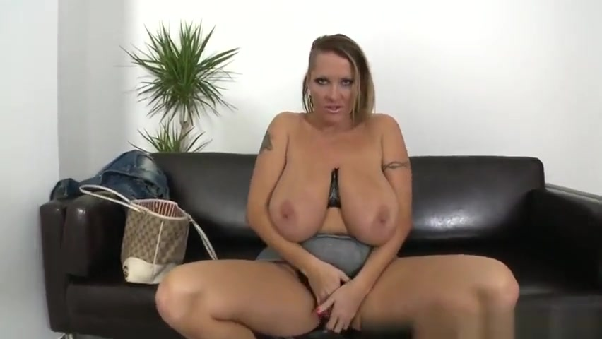 lesbian with big clit xXx Videos