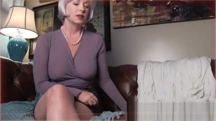 Porn pictures Granny sucks son