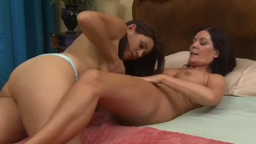 Girl nude fucking chines