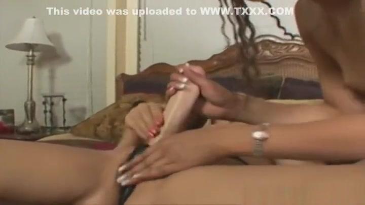Woman sex in needy karachi who