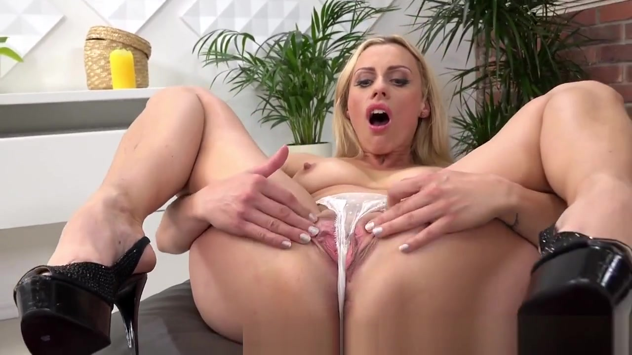 Preity zinta hot sexy photos All porn pics
