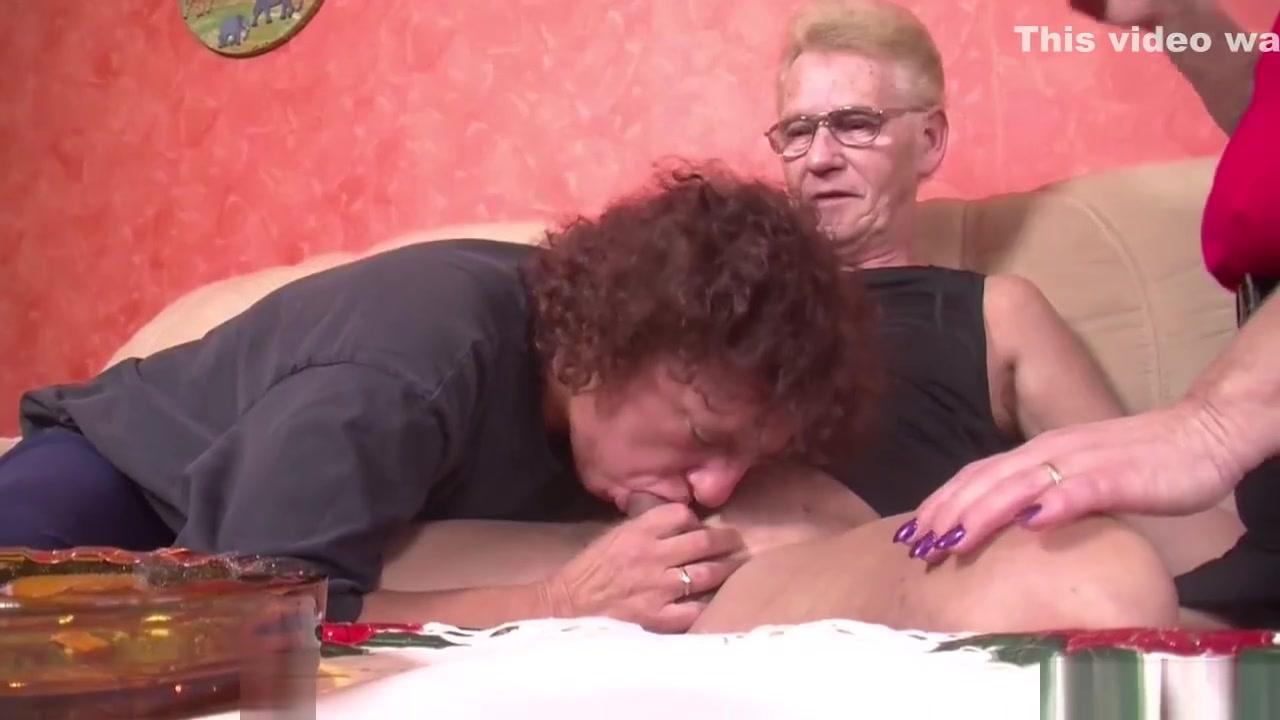 Porn FuckBook Old women fucking old women