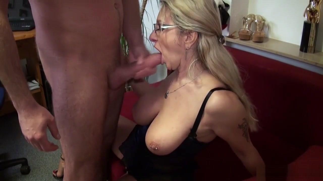 Porn pictures Facebook online dating application