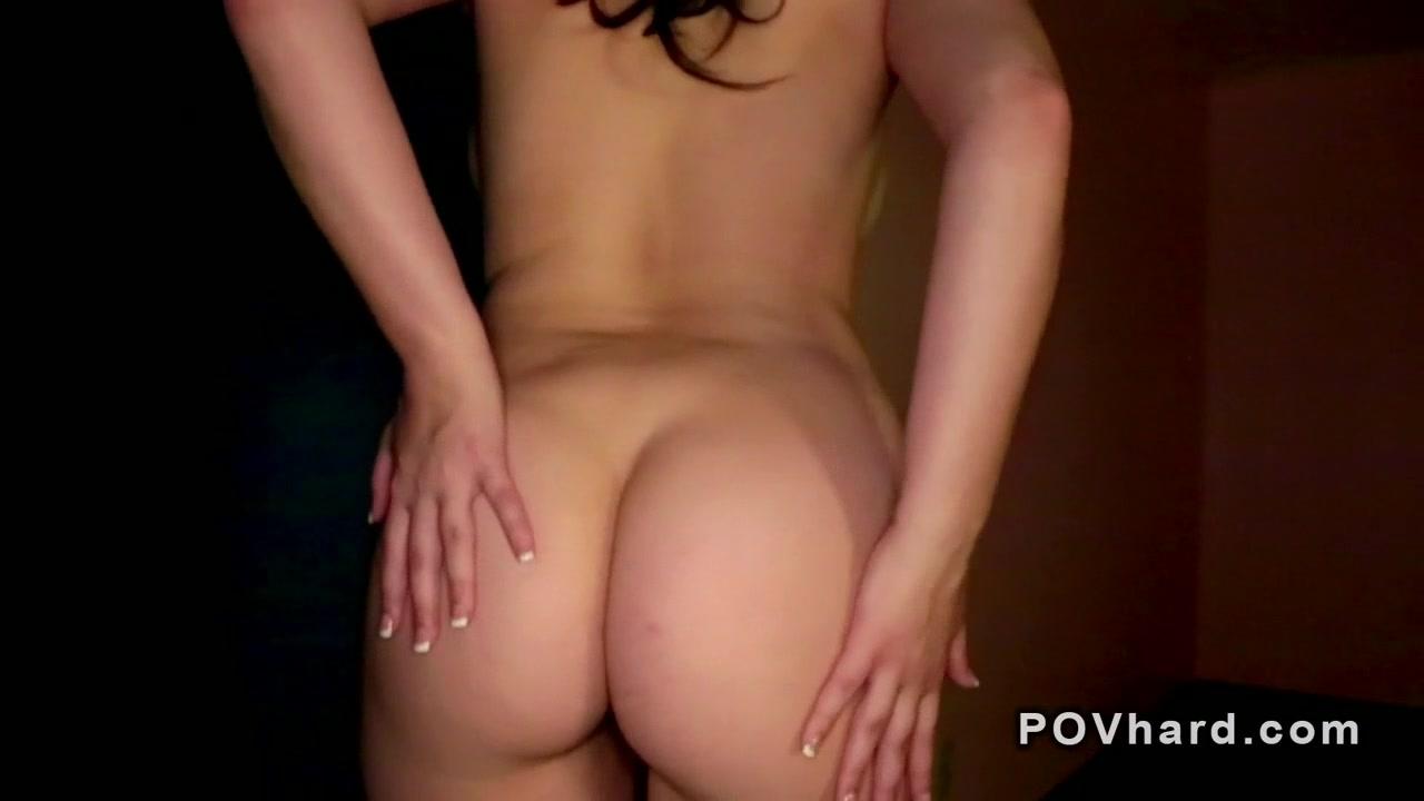 Hot xXx Pics Topless Drive Through