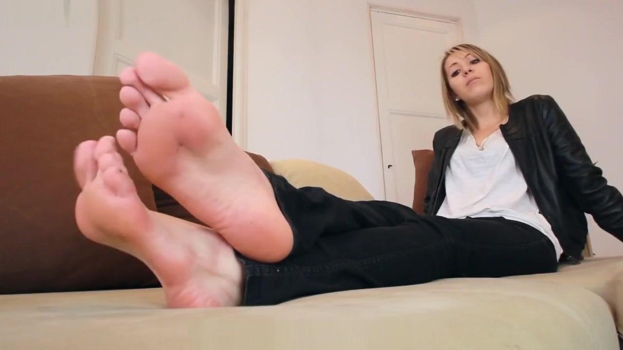Fgf- Worship Celia Hot Sweaty Feet Hd dressing up my boobs