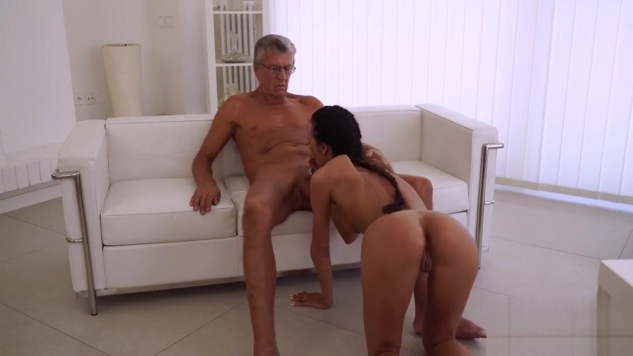 Hairy mature fucks New porn