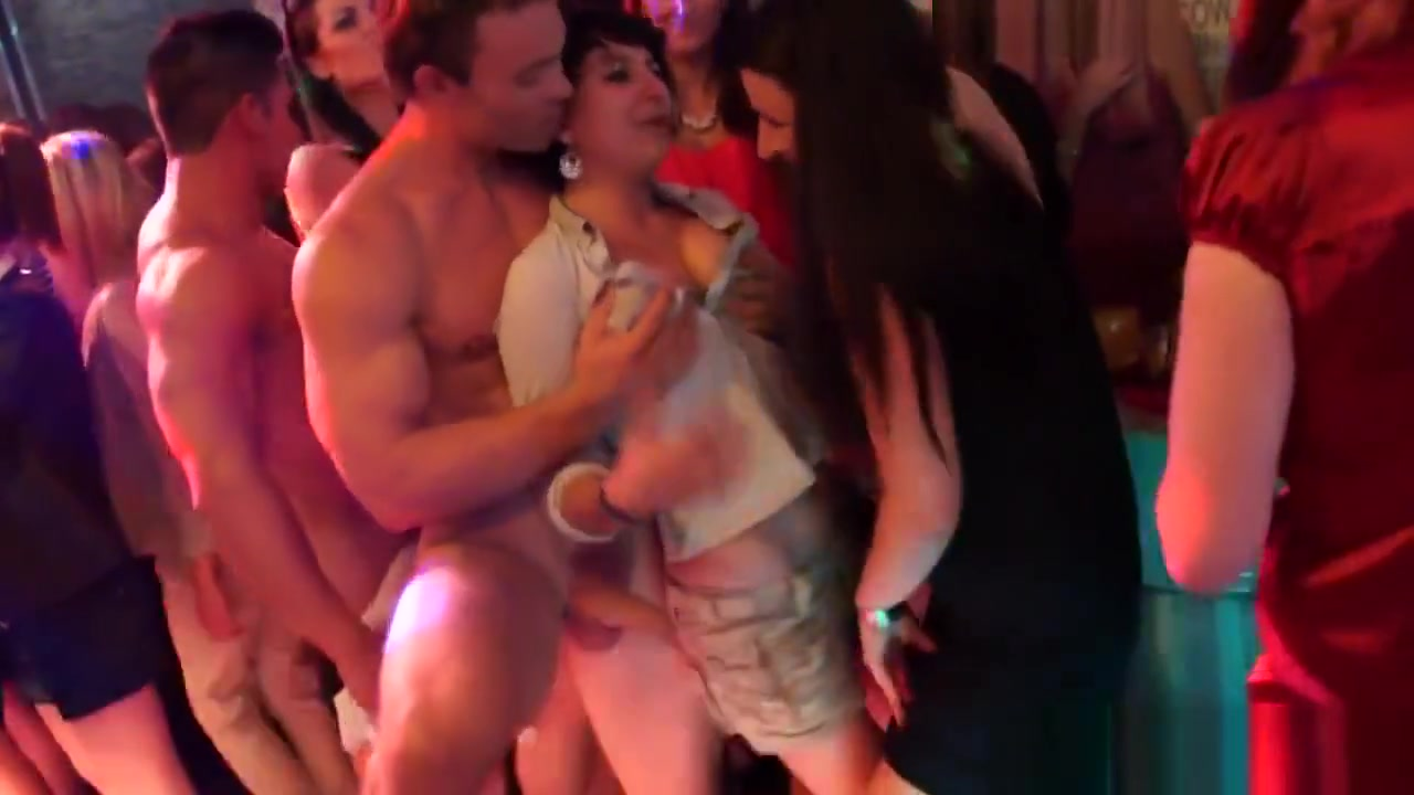 Busty Cfnm Czech Blows tight pussy squeeze cock