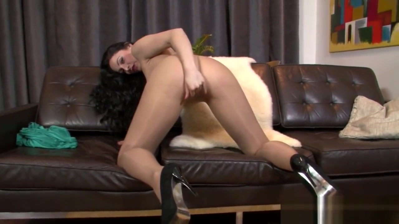 Sexy Photo Ebony secretary porn videos