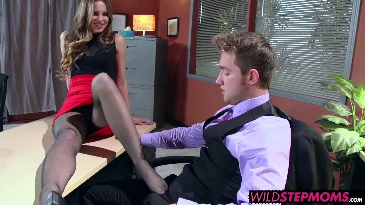 Porn clips Short busty latina