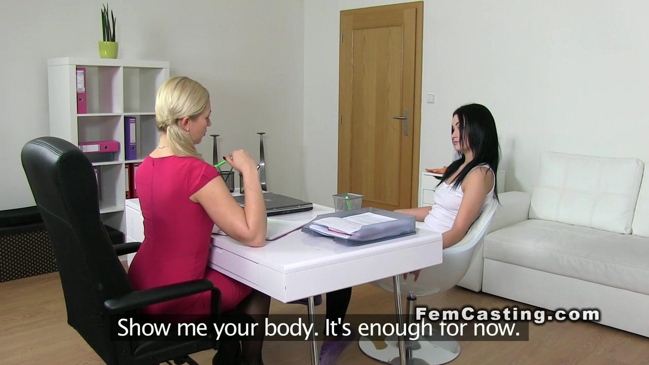 Masturbated horny Peeing lesbian