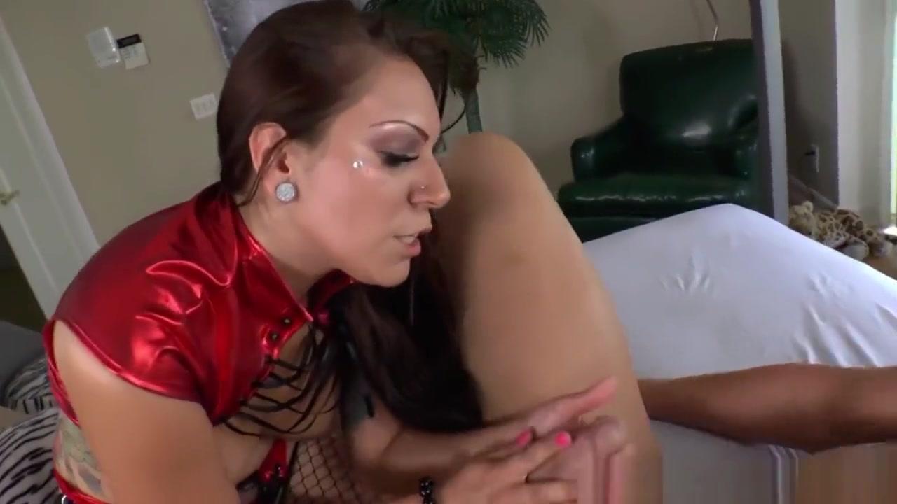 Hot xXx Pics Hairy woman sex story