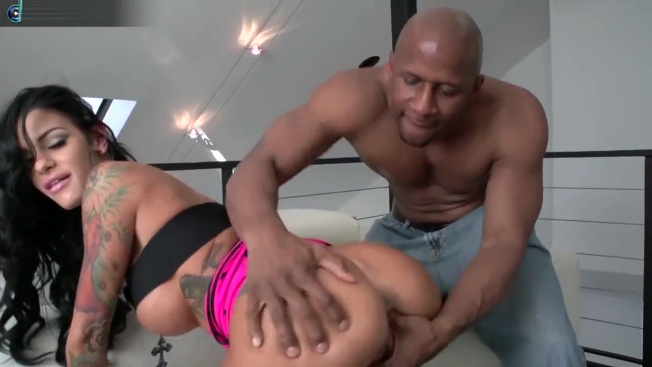 Sexy Angelina Valentine Love Big Black Cocks nipple sucking porn videos