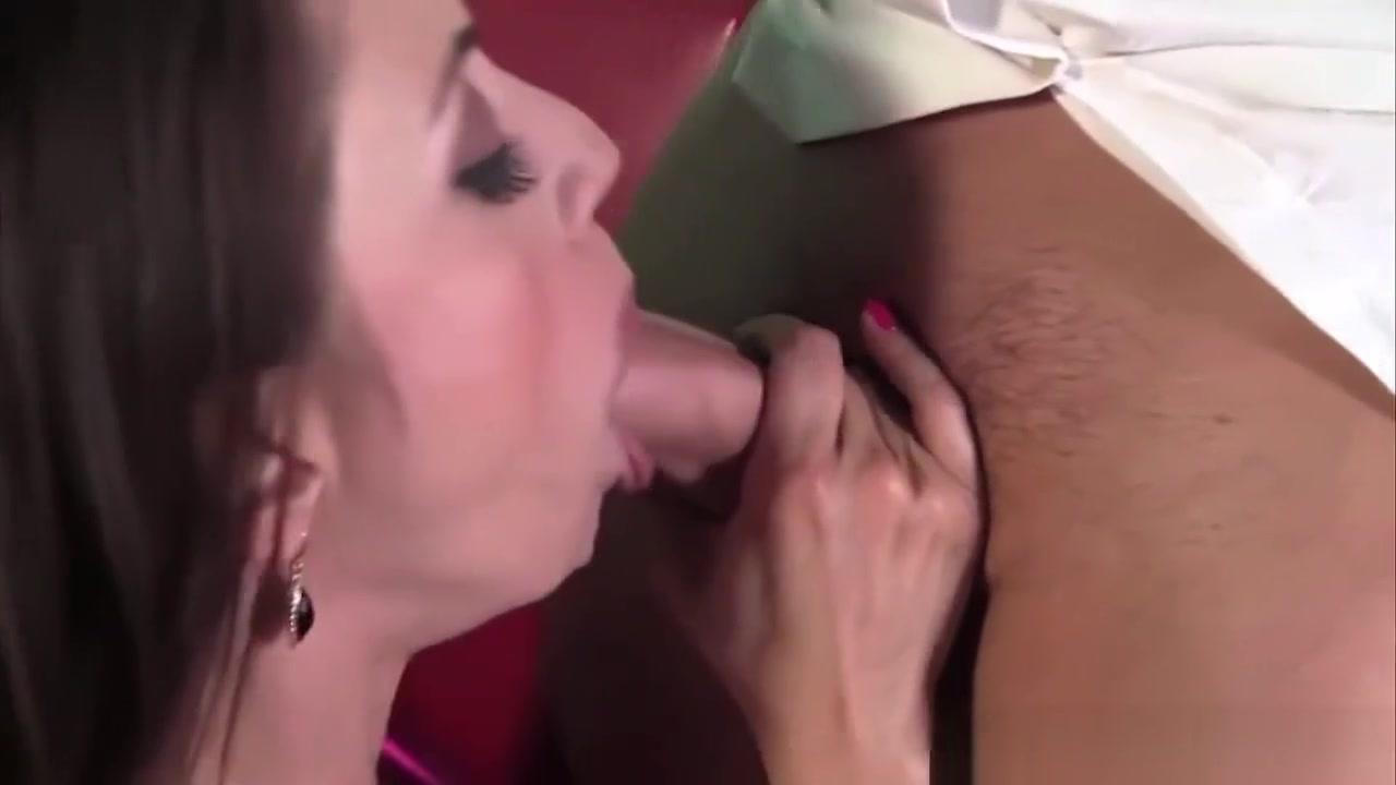 Naked Gallery Thai girl upskirt