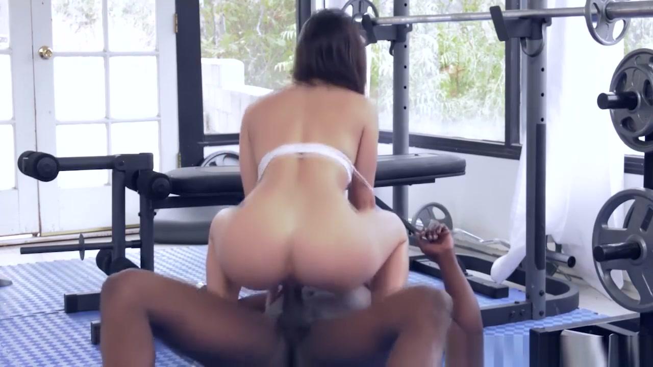 Mature ladies fuck videos Nude gallery