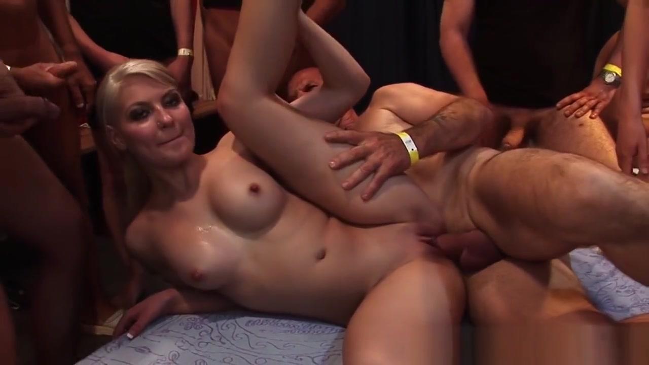 Gang Banged Blonde Jizzed Pic of salena gomez naked haveing sex