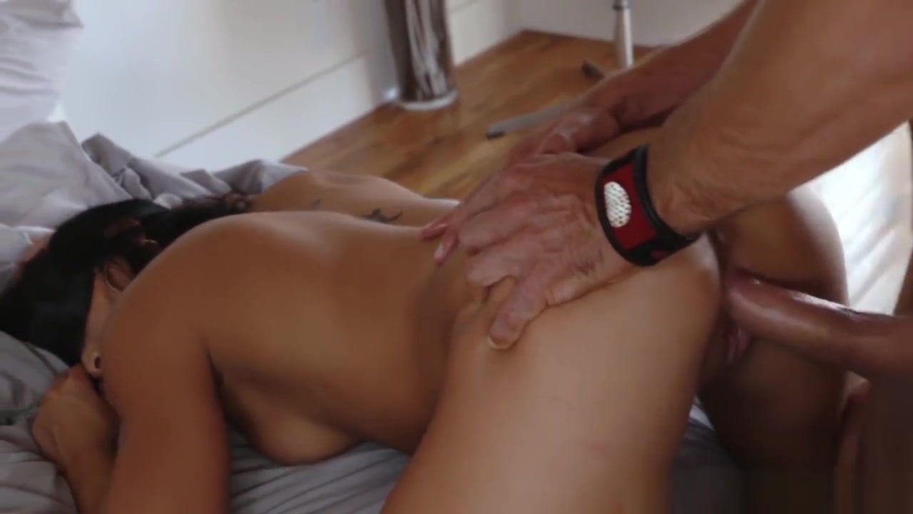Naked xXx Reena Seduced And Bang Nanny Romi