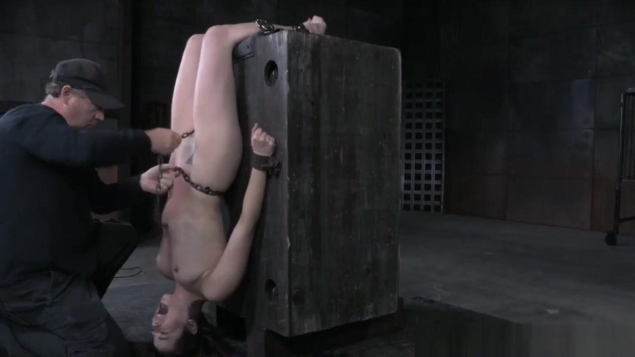 Porn Pics & Movies List of ebony squirters