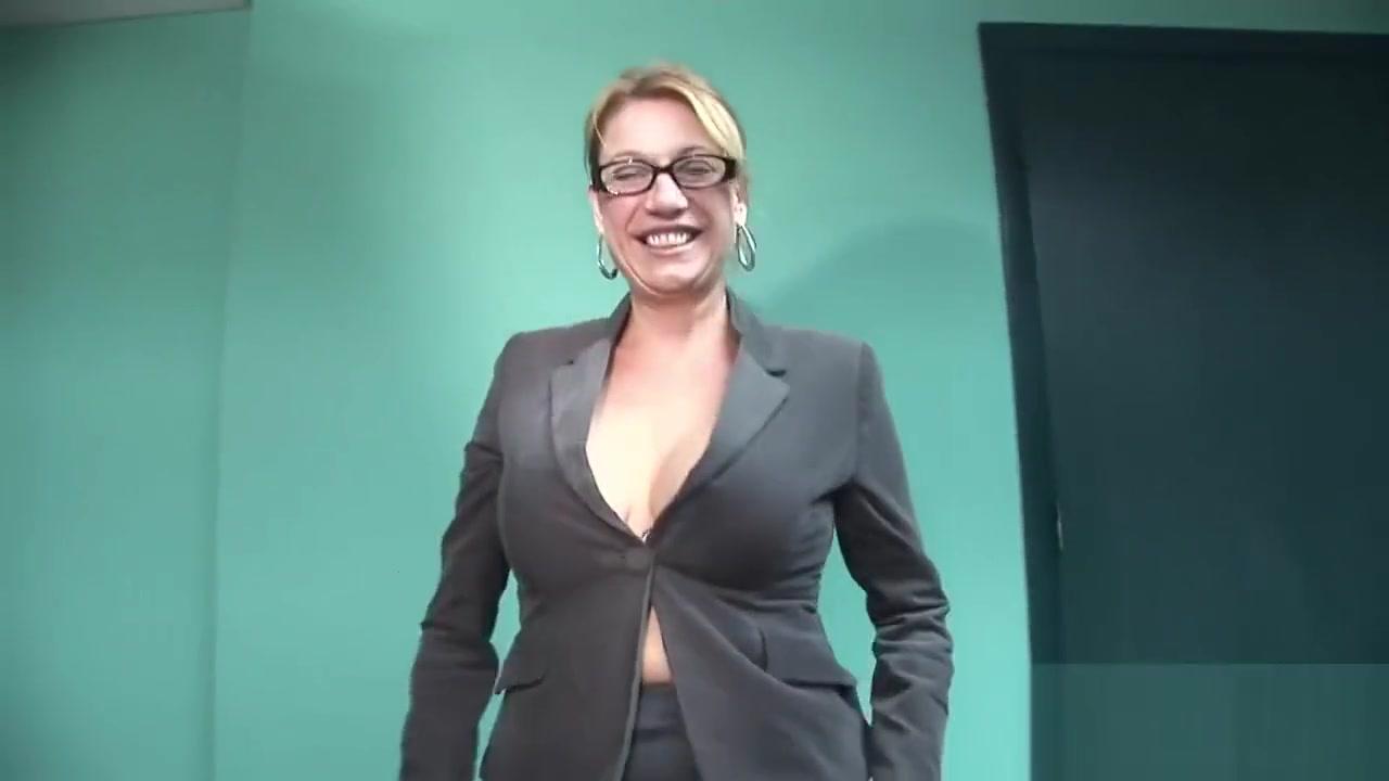 Sexy xXx Base pix Sophie dee nude pics