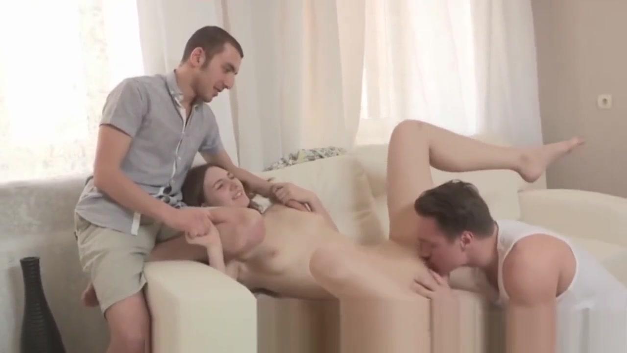Sexy xXx Base pix Brandy taylor deep throat this video
