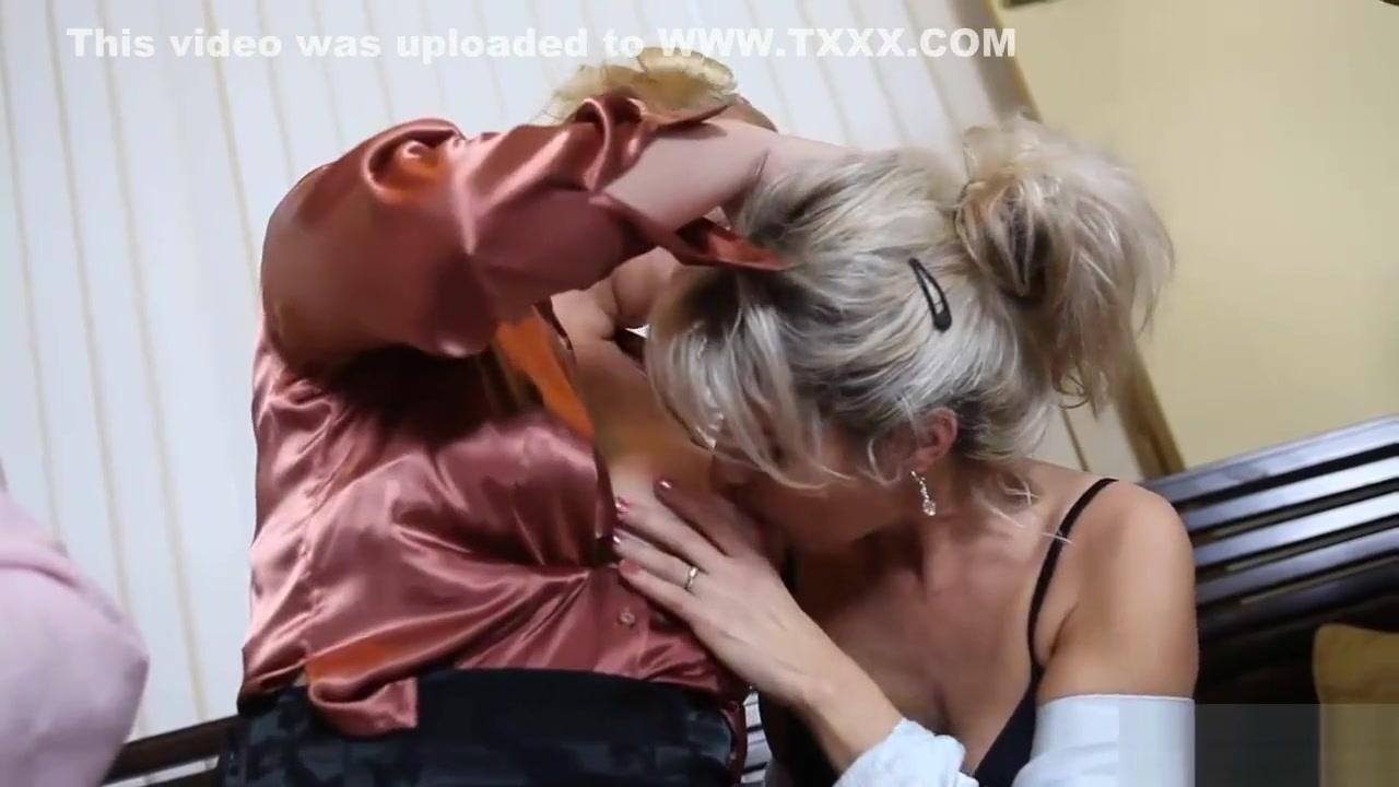 Naked sluty European lesbo