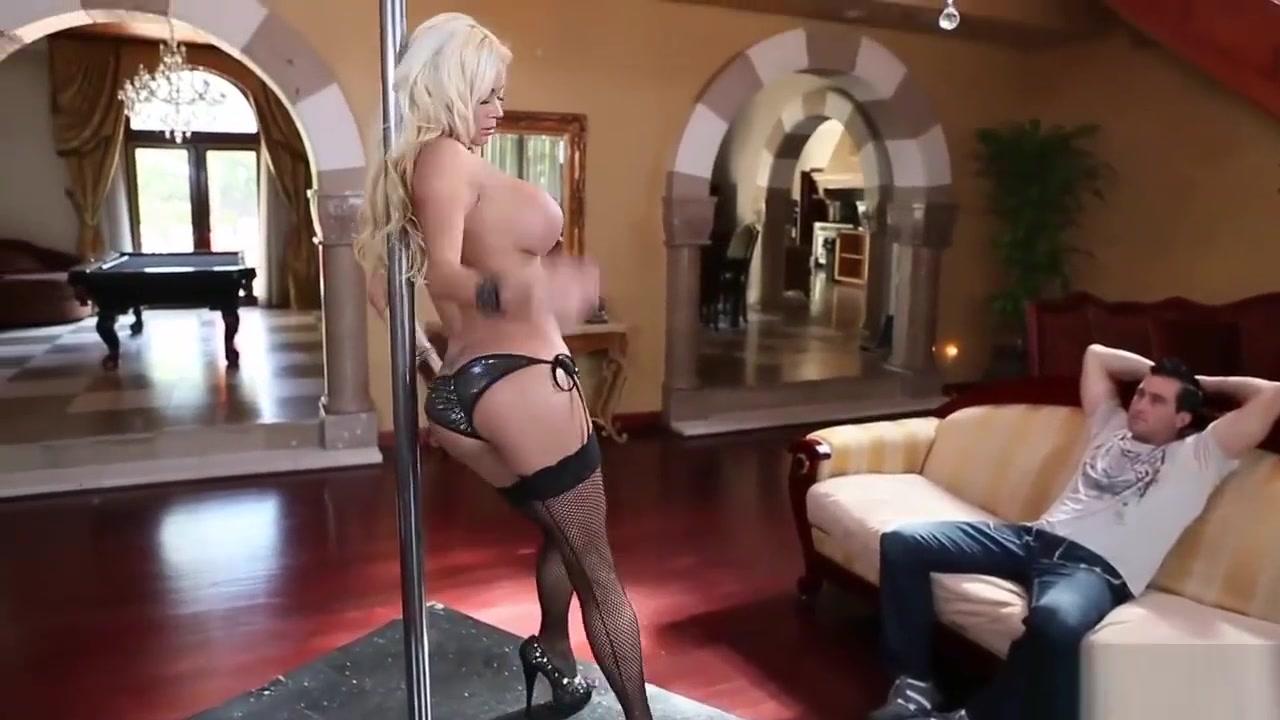 Sangavi nude boob pic Sexy Video