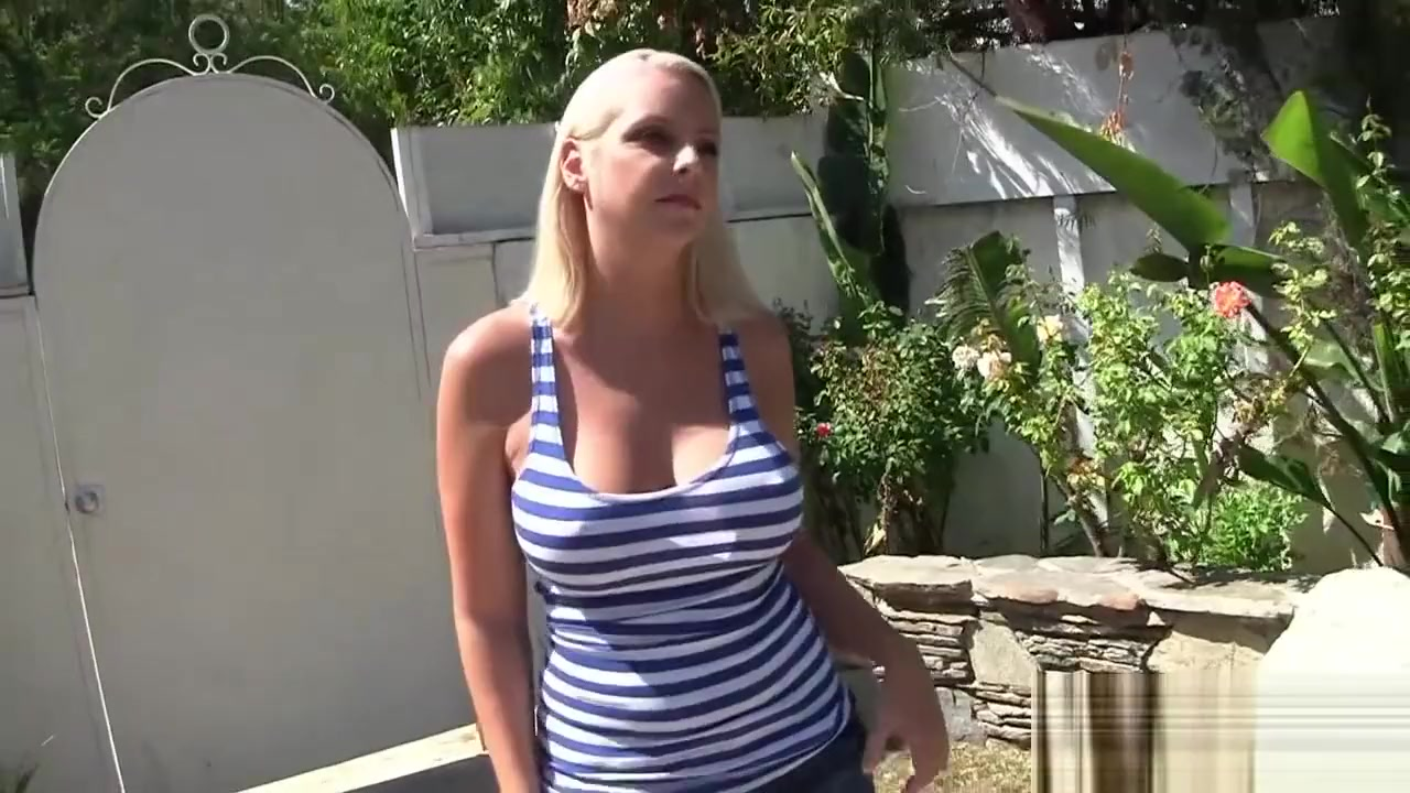 Porn archive Milf christina on top of things