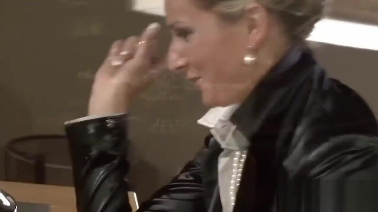 Lesbiana porne orgu hookup