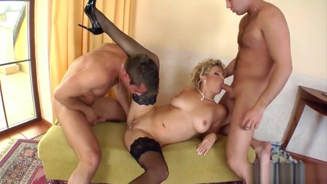 Nude gallery Men make house women make home