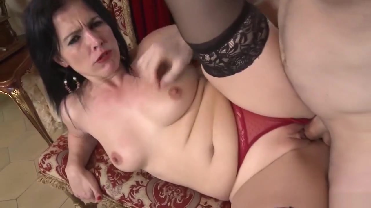 No Parlor Tricks Here, Just A Genuine Housewife Who... nude hot categorize videos