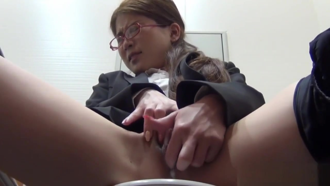 Sexy por pics Milf exposing herself