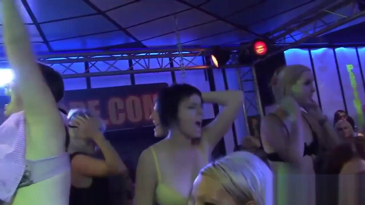 Porn pictures Teen ass dildo pics