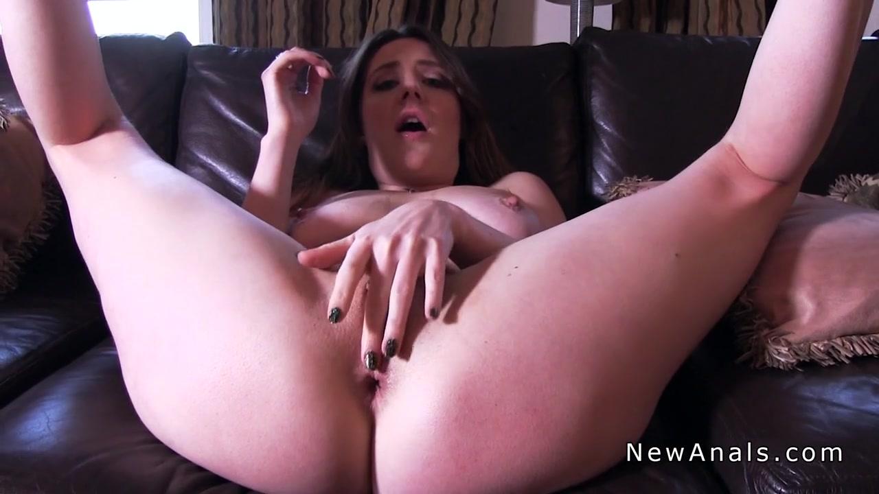 Hot Nude Huge ebony breast