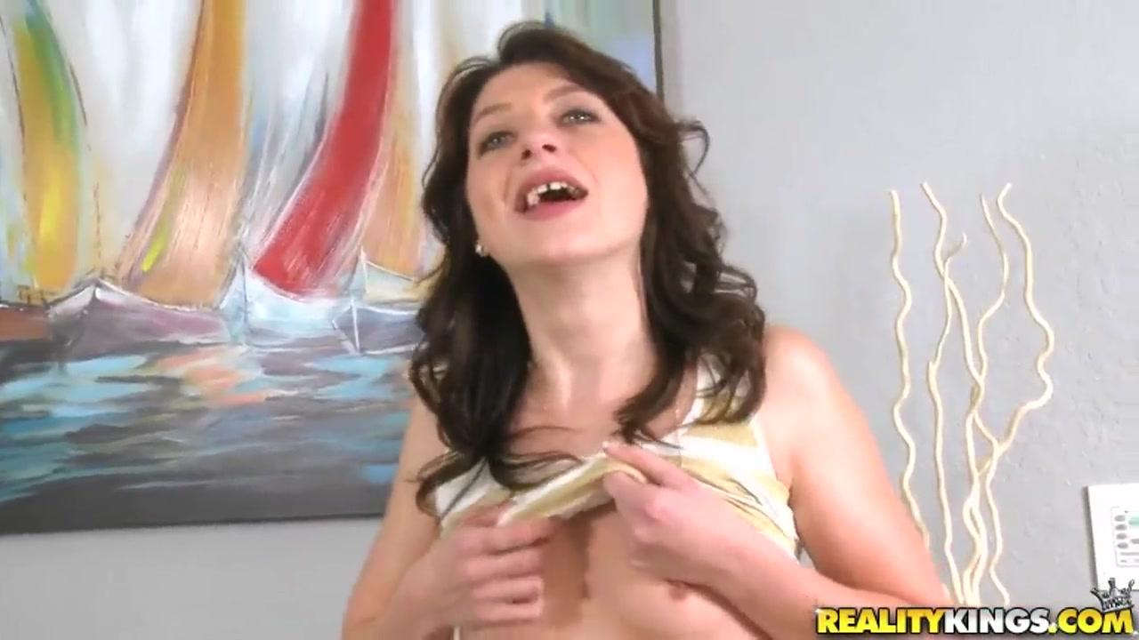 Porn FuckBook Victoria secret very sexy fragrance