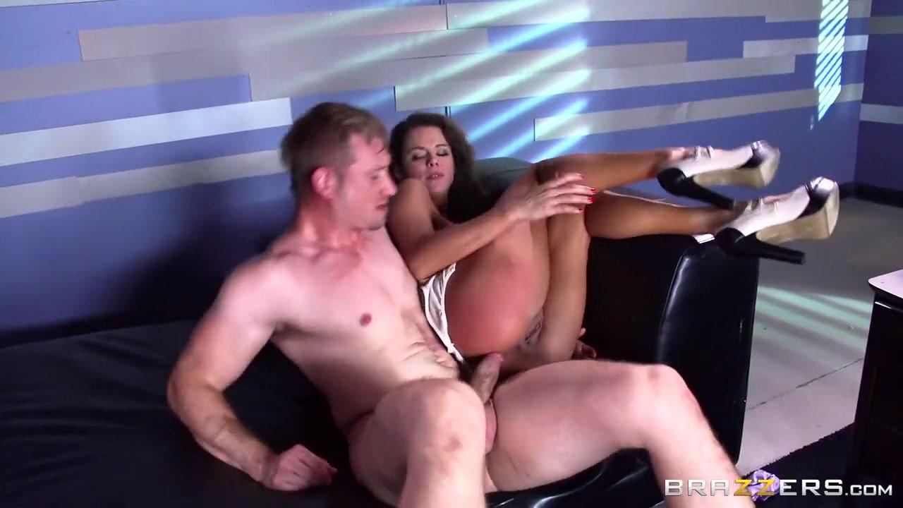 Free lesbian milf sex clips Porn FuckBook