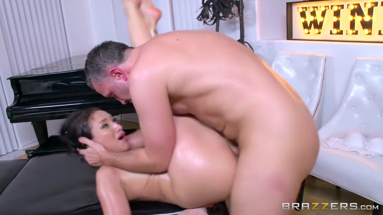 sek i mama porno Naked 18+ Gallery