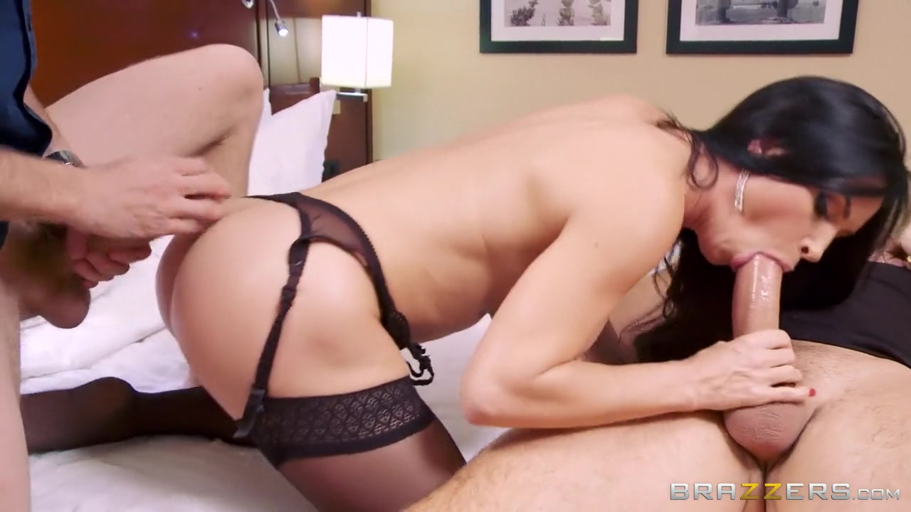 Girl in bikini stripping Sexy xxx video