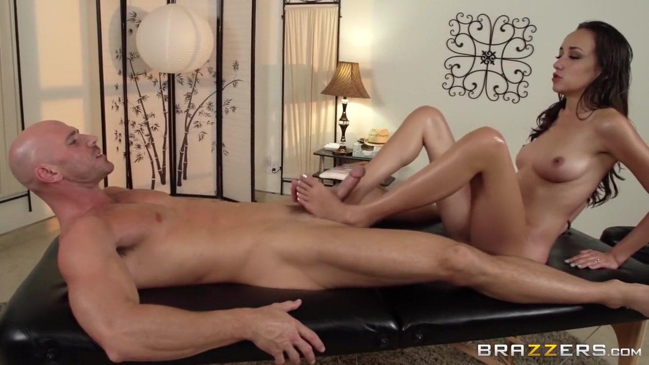 Bikini bottom com Naked xXx
