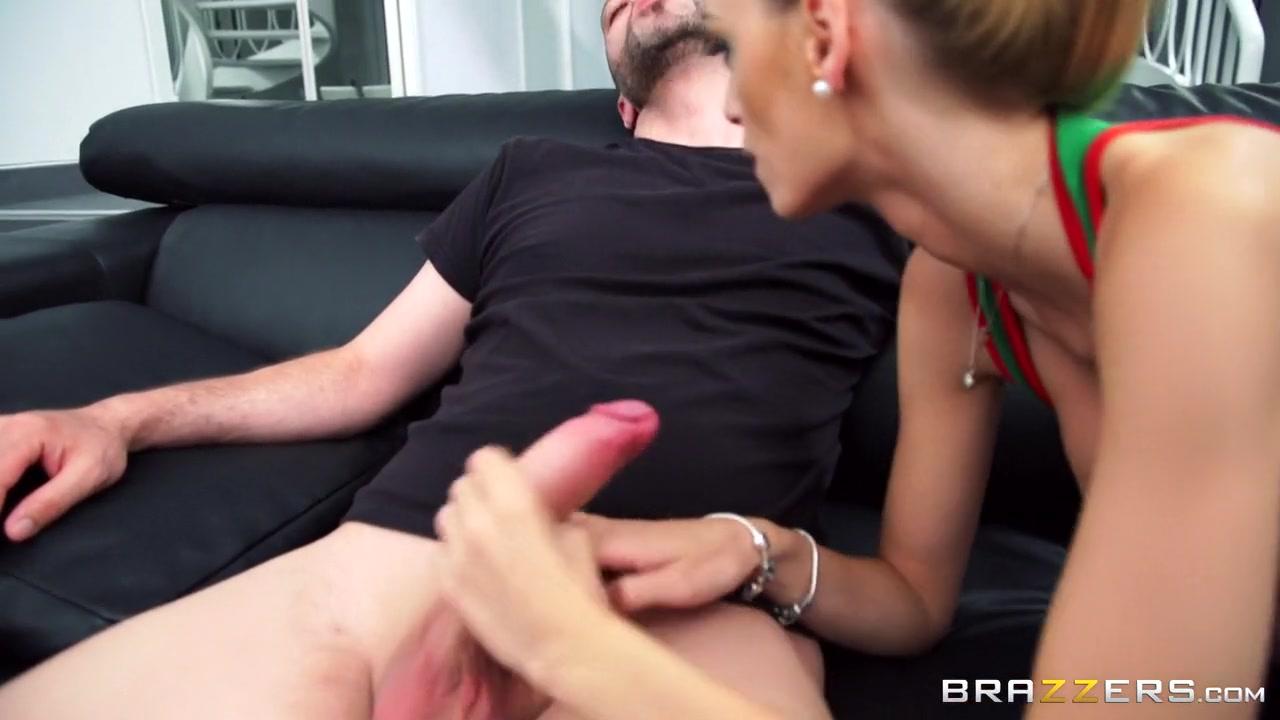 Naked xXx Porn sex hot babes