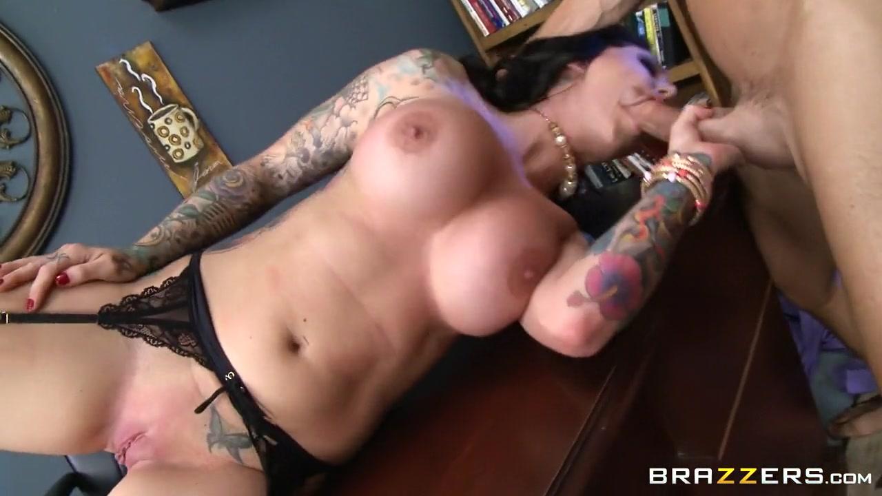 huge tit blowjob pics Naked Gallery
